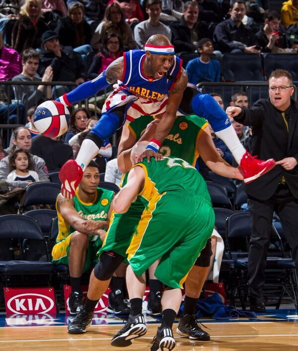 Harlem Globetrotters Debuting First 4 Point Line At Msg Get Your Tickets Five Little Words